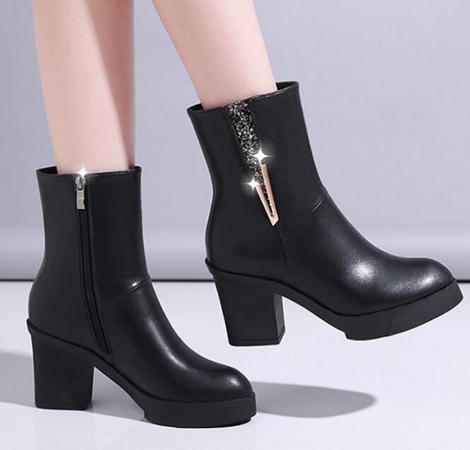 2019 겨울 여성 하이힐 지적 발가락 부츠 패션 여성 PU 가죽 지퍼 오토바이 부츠 Feminino 블랙 신발