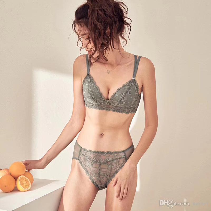 Nouveau femmes fil gratuit Bra Set 4 couleurs confortables Sous-vêtements Brassiere culotte Lingerie sexy filles Soutien-gorge en dentelle Set Bras en bref