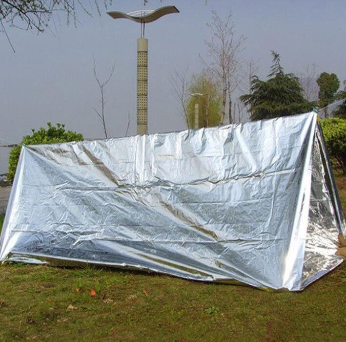 Emergency Shelter PET Film Tenda 240 * 150cm impermeabile del nastro Mylar termica sopravvivenza Shelter facile da trasportare tende da campeggio Ombra GGA3387-1