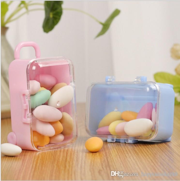 اللوازم 20PCS البلاستيك البسيطة لطيف المتداول حقيبة السفر صندوق شكل مربع حلوى الزفاف الاطفال الحلوى السنة الجديدة حفلة عيد الميلاد