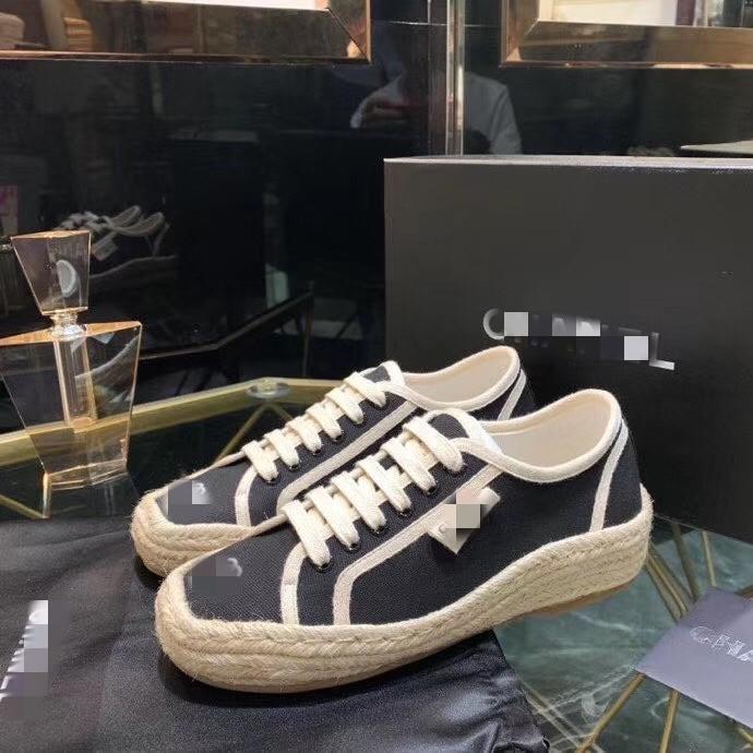 2020 donne dei pattini Slides sandali con zeppa sandali della signora per i sandali donne lettera donna classico da spiaggia scarpe 35-40 A10