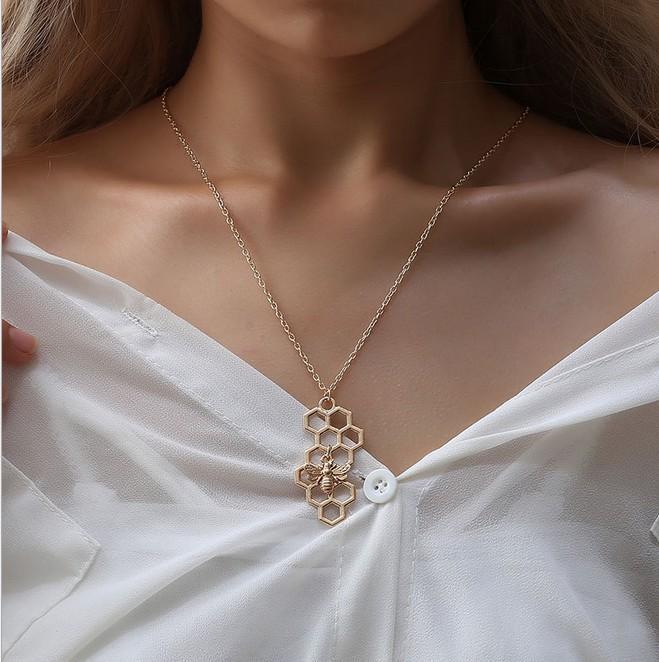 بسيطة أزياء المرأة القلائد - العسل مشط سحر معلقة Lariet ربط سلسلة بيان المختنقون القلائد (الذهب، الفضة،)