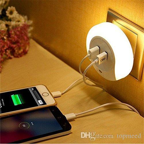 Smart Design LED AC 110 220V Night Light with Light Sensor and Dual USB Wall Plate Charger for Bathrooms Bedroom EU US Plug