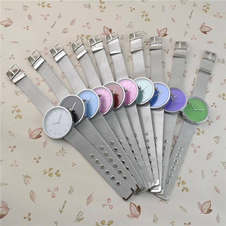 Relojes para mujer Famosa marca de plata Casual Ginebra Reloj de cuarzo Mujer Malla metálica Acero inoxidable Vestido de mujer Relojes