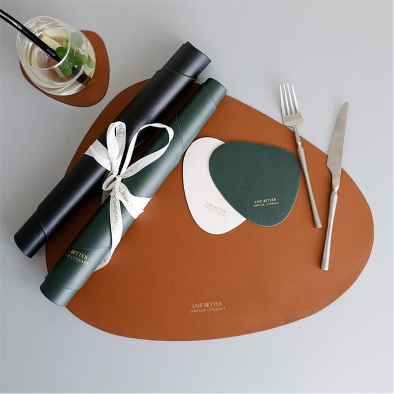 Louça Pad Jogo Americano PU Leather Mat Tabela Isolamento térmico Non-Slip Placemats Bacia de cozinha lavável Preto Brown