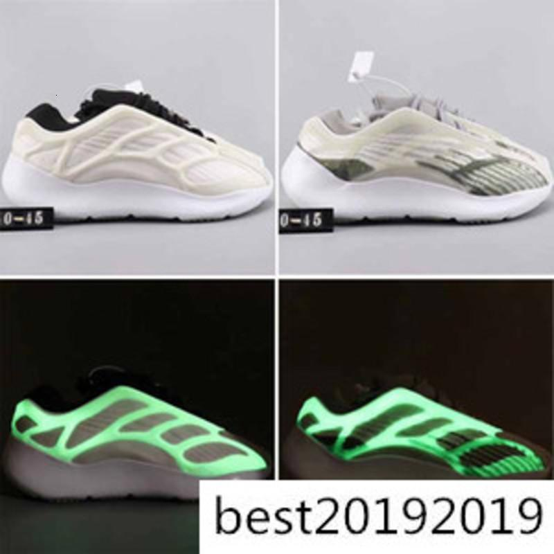 2020 New White Skelet Azael 700V3 GID White Grey Green Glow In The Dark Mens Womens Running Shoes Sports Sneakers kanye Shoes 36-45