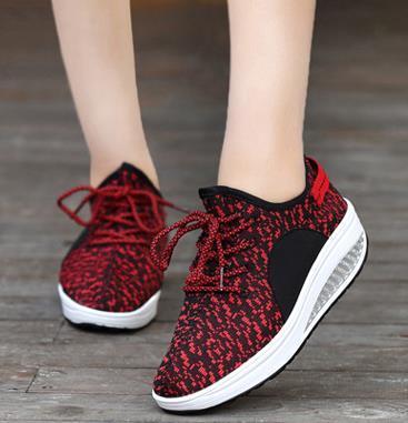 2019 Novas Mulheres Sapatos Baixos Sola Grossa Esporte Casual Pequeno Sapato Net Sneaker Lace-Up Toe Redondo Senhora Calçados Esportivos tamanho 35-40