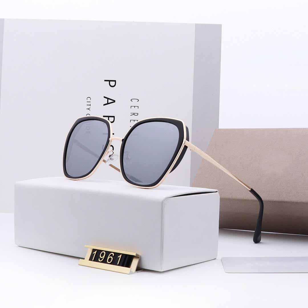 Desgin gafas de sol para luz polarizada gafas de sol para las mujeres polaroid lente HD TR-90 de color plateado marco de cierto modelo con estilo 1961