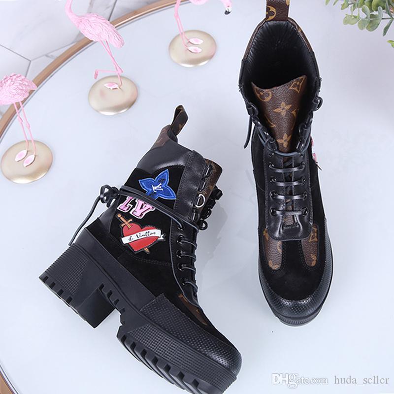 Zapatos de plataforma Laureate Desierto de arranque de la Mujer cómodo lujo ocasionales de las mujeres botas de moda clásico con cordones Plus Szie mujeres Footwears