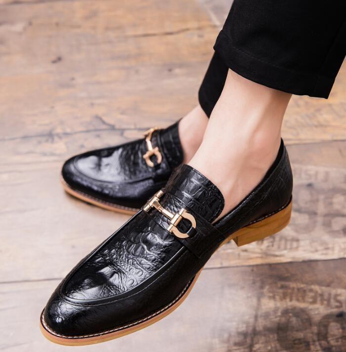 Bout pointu pour hommes Chaussures habillées en cuir de luxe Mocassins de mariage Imprimé Floral Hommes Appartements Bureau Party formel notieshoelaces Chaussures W95