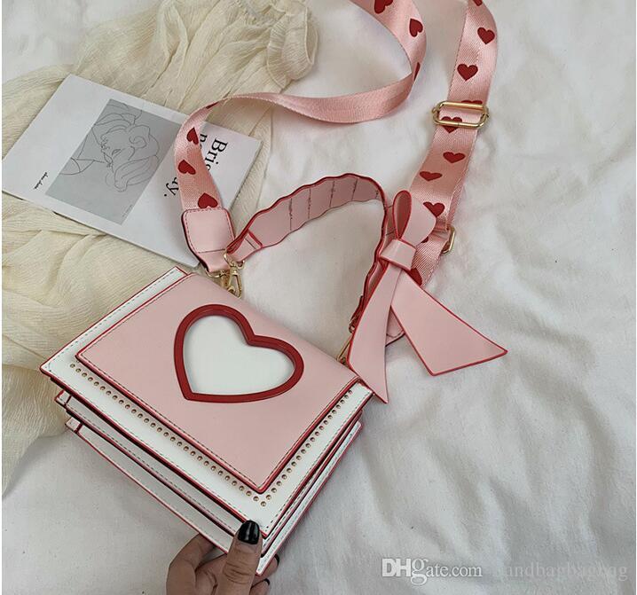 Дизайнер Отличное качество 2019 Новое прибытие Сердце шаблон Выдалбливающий квадратная сумка Мода сумка Бесплатная доставка