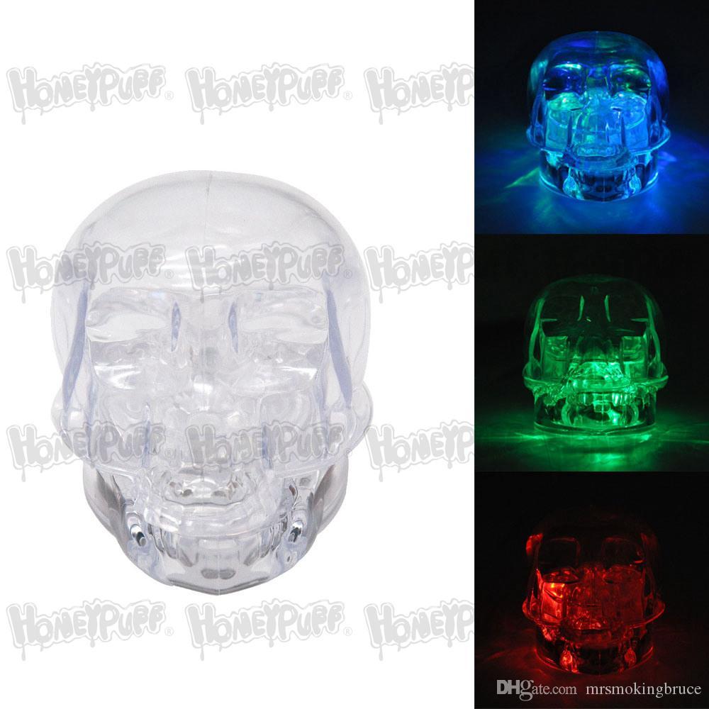 Smerigliatrice di erbe acrilica con teschio fresco con luce a LED RGB 54MM 2 pezzi 3 colori Smerigliatrice per tabacco in plastica leggera Tubo per fumi adatto alla notte