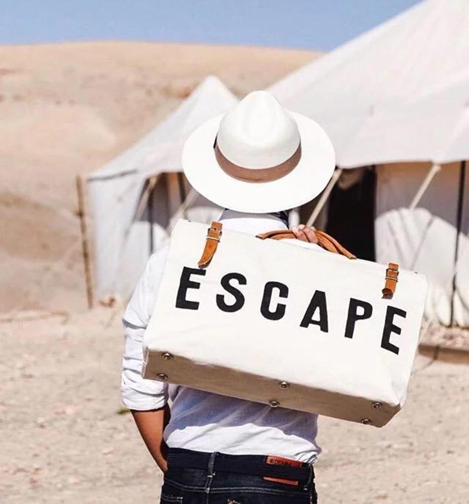 ESCAPE Canvas Travel Bag Большая Емкость Стильный Дорожный Багаж Дорожная Сумка для Печати Письмо Выходные Сумки Duffel