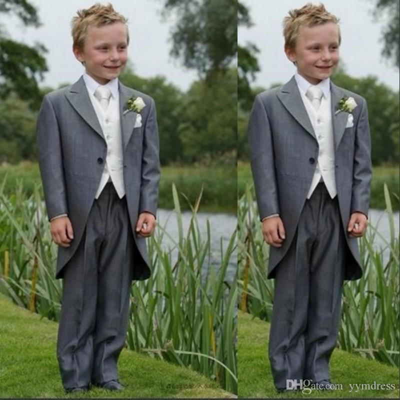 Gray Boy Formal Wear Tuxedos Peaked Lapel One Button Costume Made Ring Bearer Suits Kid Wedding Prom Suits (Jacket+Pants+Vest+Bow)