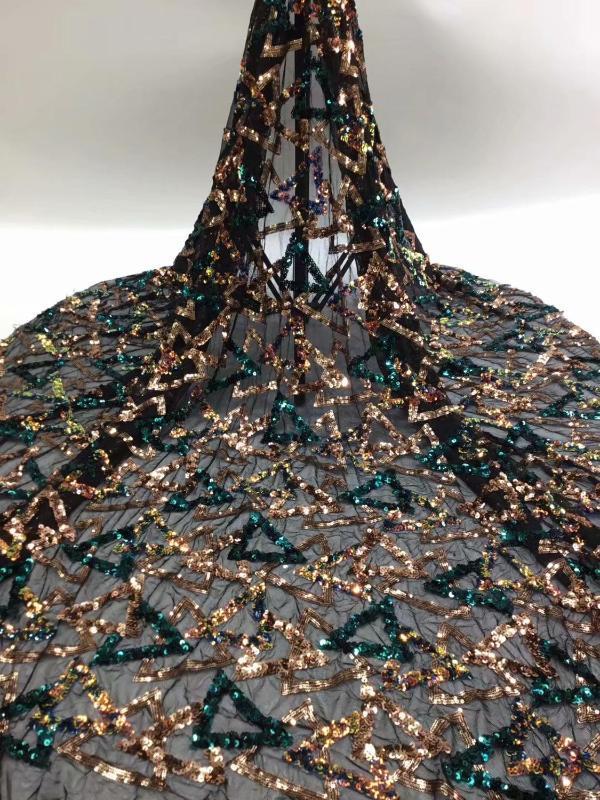 Lo último en materiales de tul manera con la tela de encaje lentejuelas red francesa de RFN120 vestido de fiesta (5yards / lot) de varios colores