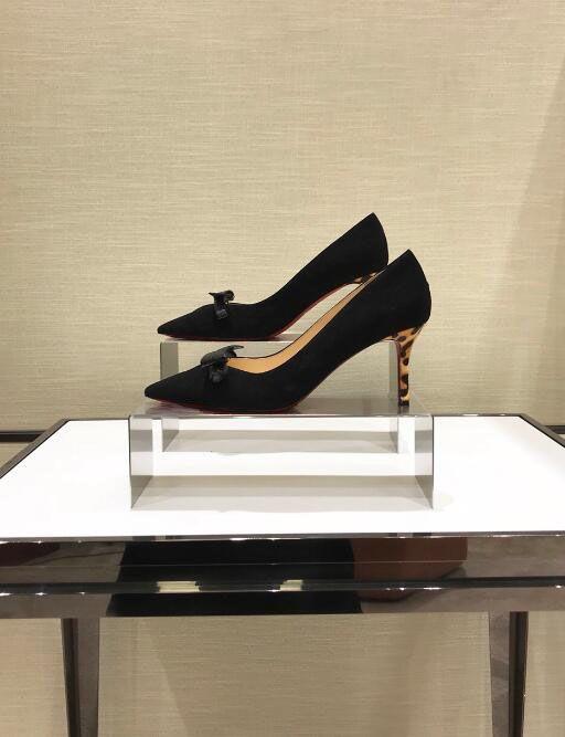 Con caja de diseñador de lujo zapatos de mujer zapatos de tacón alto de fondo rojo de gamuza roja dedos del pie puntiagudos bombas zapatos de vestir 35-42 Banquete de boda Mujeres