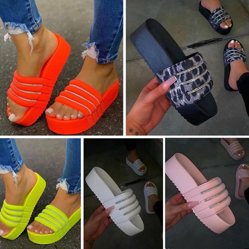 Chinelos Mulheres Casual Rhinestonethick Salto Plataformas Sandálias de Verão Sapatos Feminino Ao Ar Livre Flip Flops Sliders Roma Beach