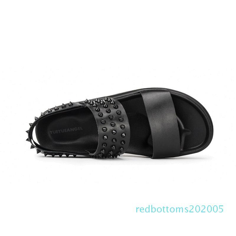 2020 Summer Thick Plate-forme Rivet Hommes réel Chaussures en cuir marque de mode plage Glissement Sandales romaine Hommes Zapatos Hombre Casual R05