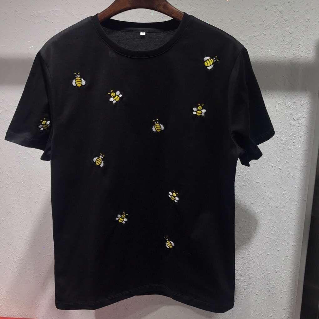 2019 Estate Nuovo designer di marca mens designer magliette Molte piccole api ricamo casual T-shirt a maniche corte casual Tee Shirts abbigliamento