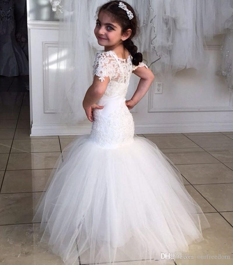 레이스 인어 꽃 소녀 드레스 새로운 오는 2020 바닥 길이 패션 웨딩 대회 가운 깎아 지른 짧은 소매 얇은 명주 그물 현대 사랑스러운