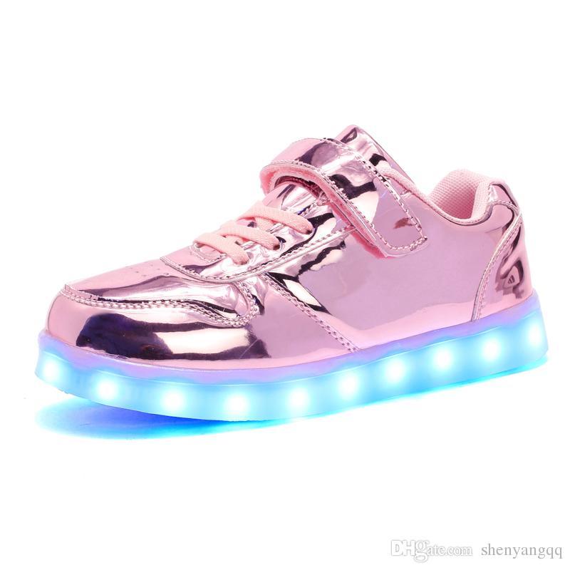 دافئ مثل المنزل الجديد 25-35 USB شاحن متوهجة أحذية رياضية بقيادة الأطفال إضاءة أحذية بنين بنات مضيئة رياضة حذاء