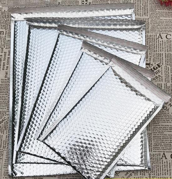 5 Tamaños 40 unids Plata Acolchado Envío Sobre Metallic Bubble Mailer Aluminio Lámina Bolsa de regalo Envolver