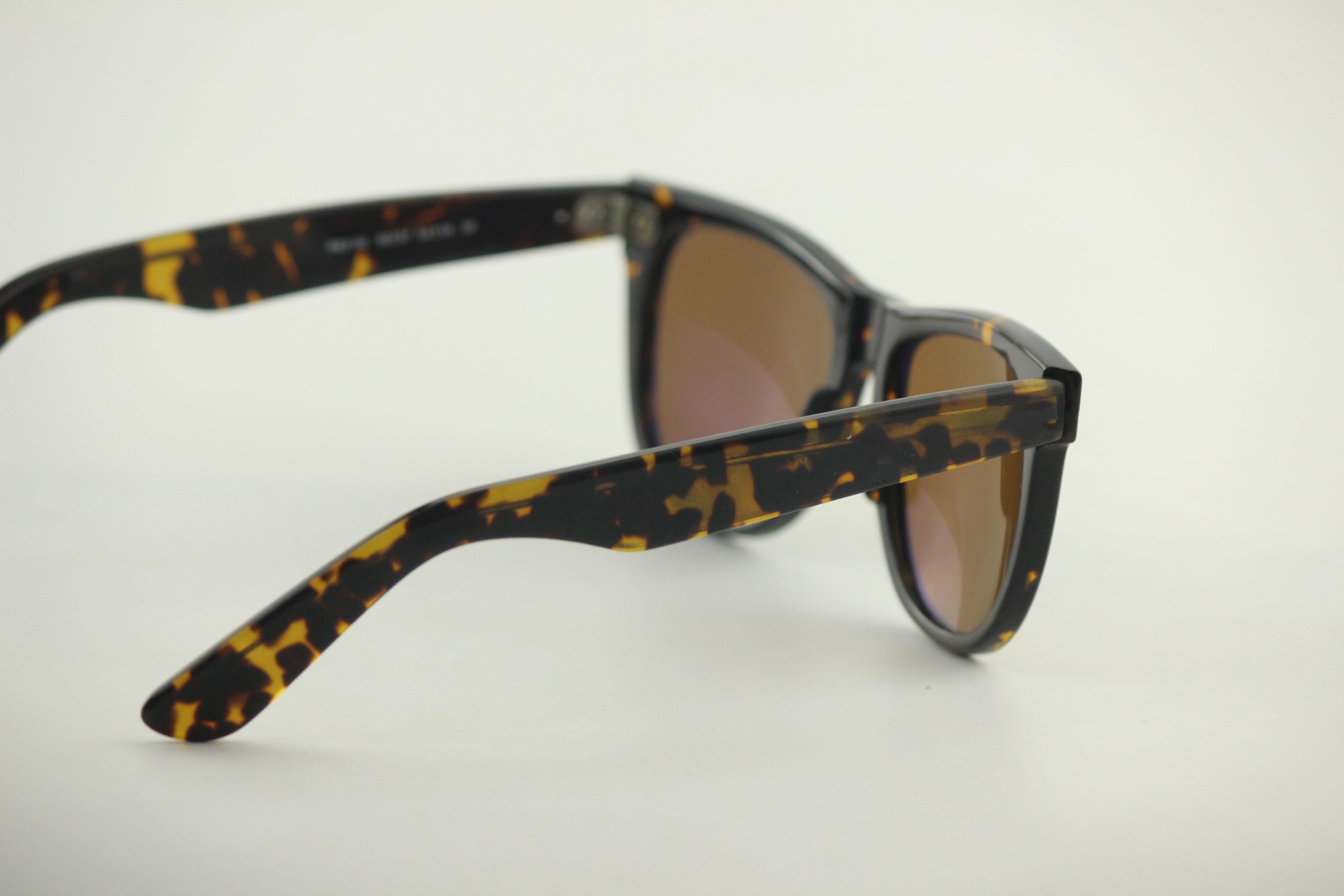 All'ingrosso-moda unisex plancia full frame aceta lenti in vetro scuro da donna occhiali da sole per vacanze all'aperto, gafas specchio alla moda con cornice tartaruga flash