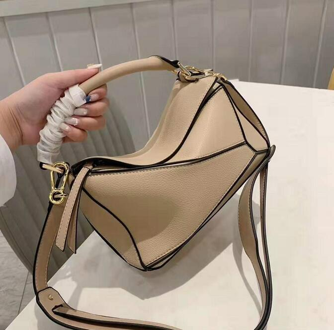 Designer Lady Square Borse portano Croce Body Bag Temperamento Female Classic Plain Bag mano morbida signora di alta qualità Tracolla Moda / 6