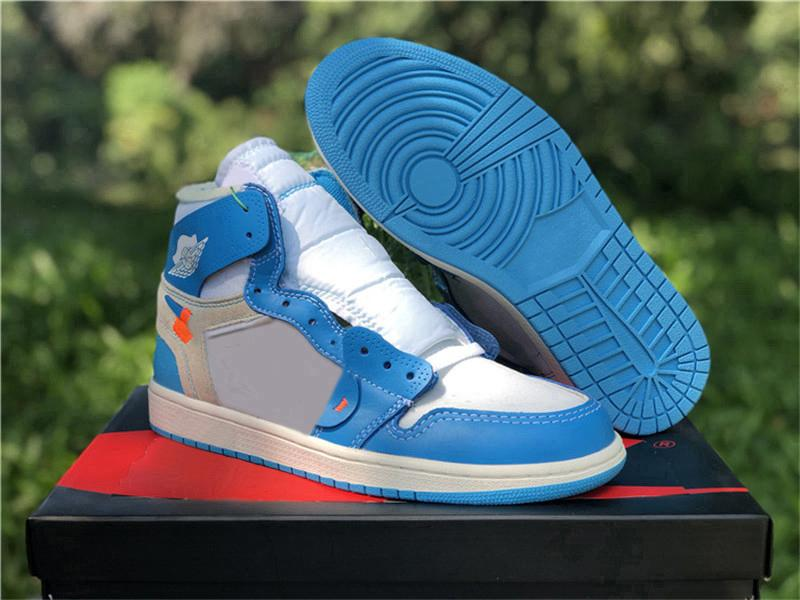 2020 Yeni Kapalı Otantik Beyaz 1 Yüksek OG UNC Powder Blue 1S Kanarya Sarı Chicago Erkekler Basketbol Ayakkabı Spor Outdoor Sneakers kutusuyla