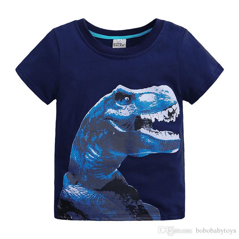 Patrón de dinosaurio de manga corta Camiseta de la camiseta de verano del niño suave de algodón suave absorción de humedad sudor de dibujos animados animal europeo y estadounidense