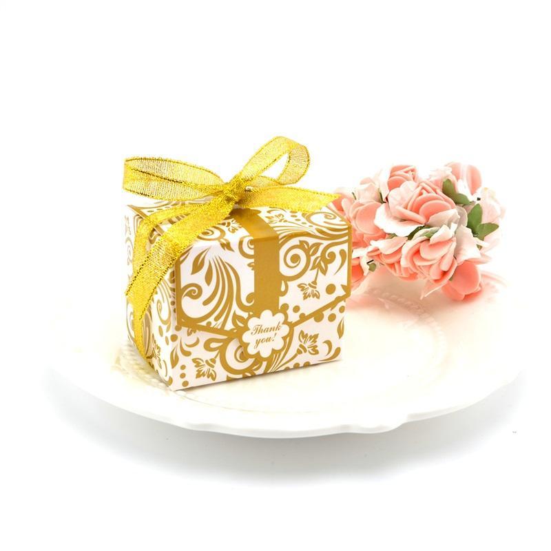 Scatole di caramelle di carta Scatola di zucchero color argento dorato Celebrazione del matrimonio con astucci di zucchero con nastro di seta Nuovo arrivo 0 38ly2 L1