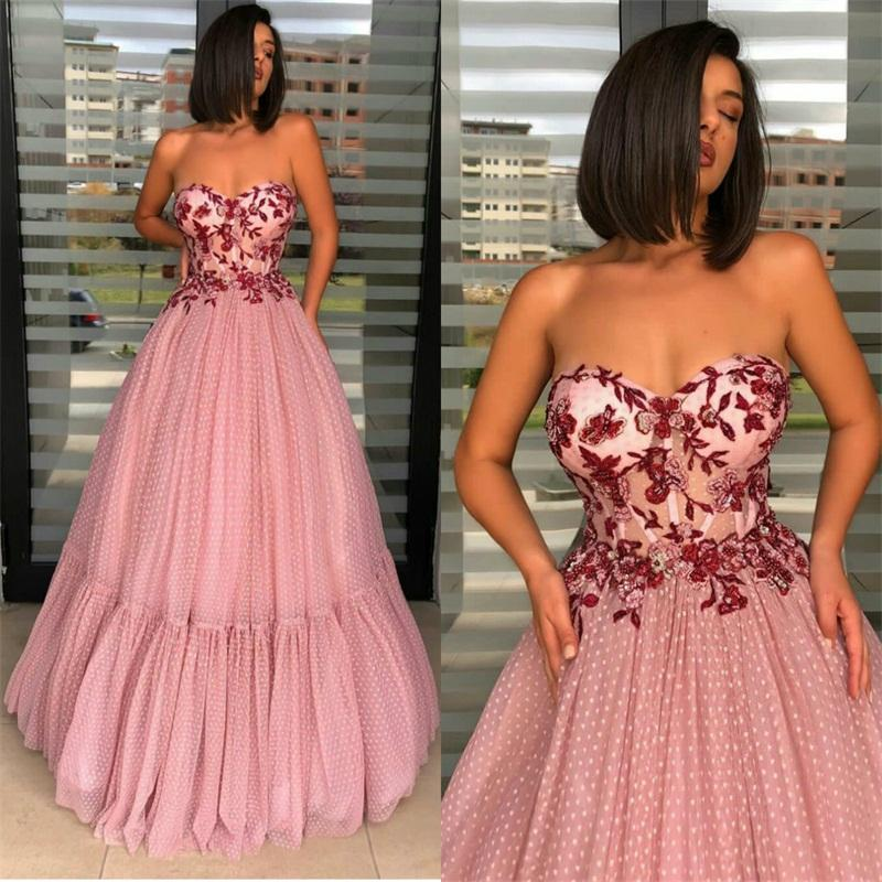 Rosa barata A Linha Vestidos Sexy Strapless mangas Appliqued Lace frisada Dot Prom Dress Backless varredura Trem vestidos ocasião formal