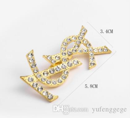 Honeybee Broche cristal de diamant Bee Pins design de luxe en alliage de zinc strass Broches femmes Mode d'insectes Pull Pins