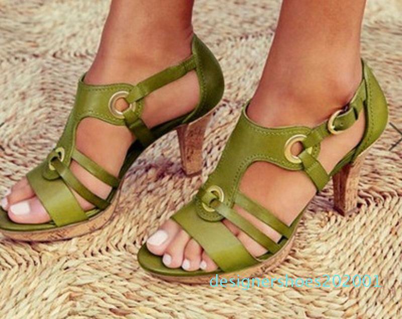Hommes Designer Shoes Sandales Boucle à hauts talons Pumps Mesdames robe en cuir verni Chaussures simples 5 couleurs avec la boîte US12 d01