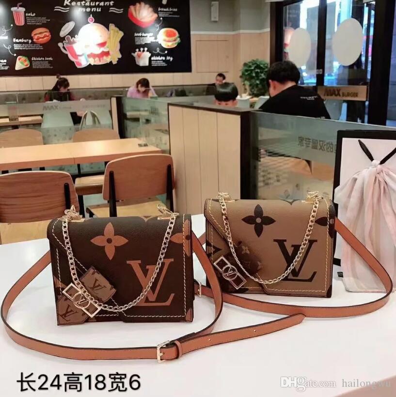 2020 Hot vendu Femmes designers sacs à main sacs à main sacs à bandoulière mini-sac à chaîne DESIGNERS sacs crossbody sac fourre-tout messager sac d'embrayage B33