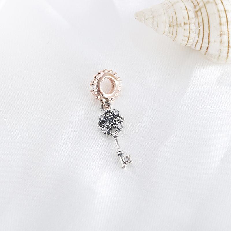 Nuovo 100% reale Jewelry 925 Silver Key Rosa Regalo Perline Ciondolo Castello con cristallo ciondola fascino misura donne europeo bracciale fai da te