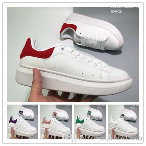 2018 Kadife tasarımcı Womens Chaussures Ayakkabı siyah Platformu Casual Sneakers Lüks Tasarımcılar Ayakkabı Deri Katı Renkler Elbise Ayakkabı kırmızı