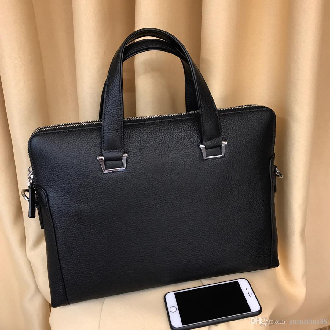 Diseñador Calidad Top Tamaño Hombre 557896 Maletín inclinado Brand Man Handbag 39 * 30 * 6cm famoso VFDMF