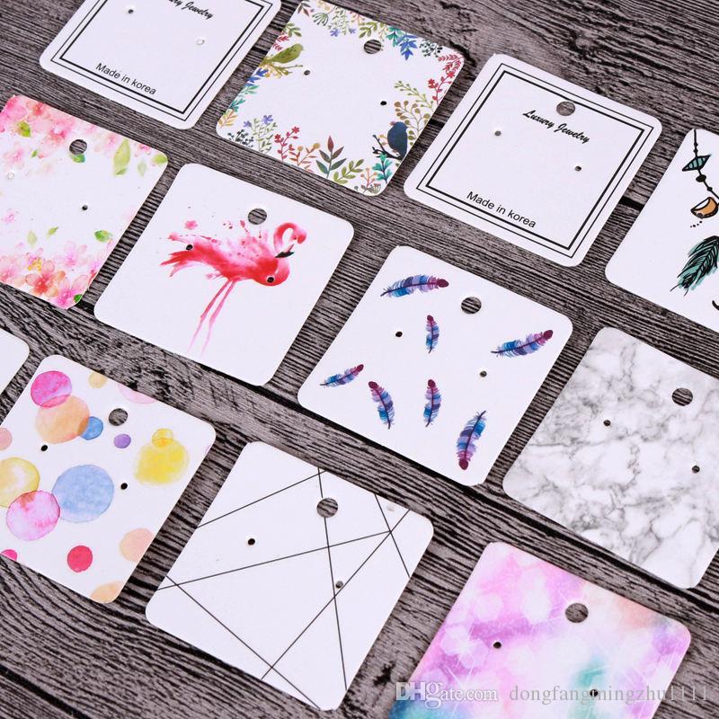 5X5CM أقراط ديسبالي الأزياء والمجوهرات الملونة بطاقة منظم الكلمات DIY اليدوية القرط مربط بطاقة التعبئة