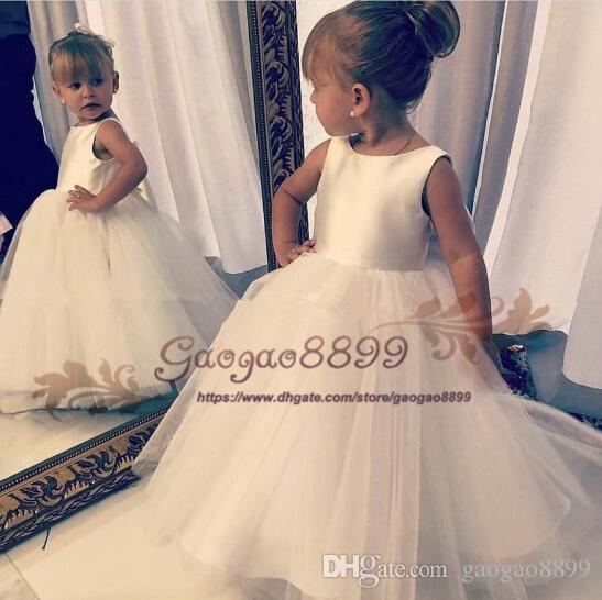 2019 a buon mercato Bella ragazza fiore bianco abiti per la sposa boho macchia Tulle spazzata treno cerniera principessa bambini prima abiti da comunione santa