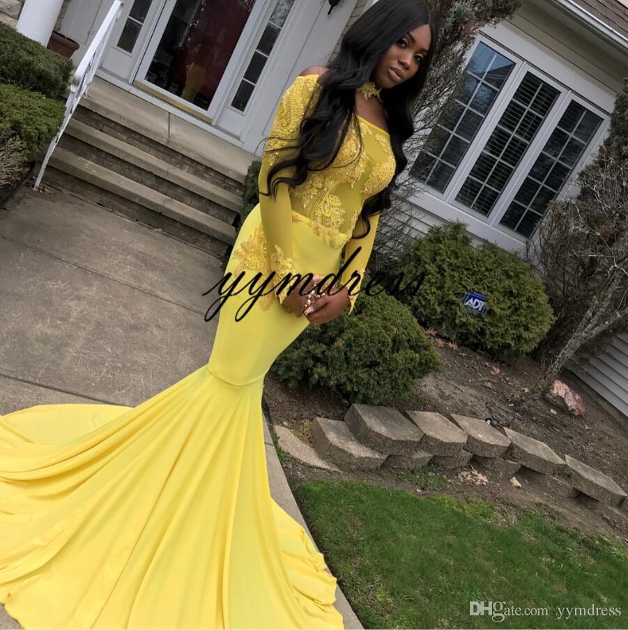 Vestidos de noche de color amarillo claro 2019 Bateau cuello Sheer Manga larga Cremallera Volver Tren de apliques de encaje Con cuentas África Sirena Vestidos de baile