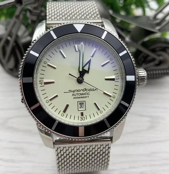 Top 2813 Super-Ocean luminoso quadrante bianco lunetta girevole 47 Mens orologi automatici della vigilanza dell'acciaio inossidabile Mesh bracciale da polso