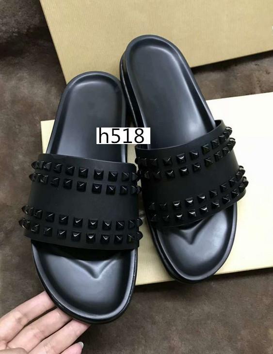 Venta caliente Donna zapatillas planas diseñador de lujo rojo Bottoms zapatos hombres remache Junior Spikes plana slipperswith cajas