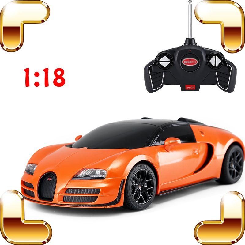 هدية السنة الجديدة 18/01 RC التحكم عن بعد لعب سيارة LED آلة كهربائية لعب الأطفال مقياس المتسابق لعبة التحكم عن سيارة الحاضر