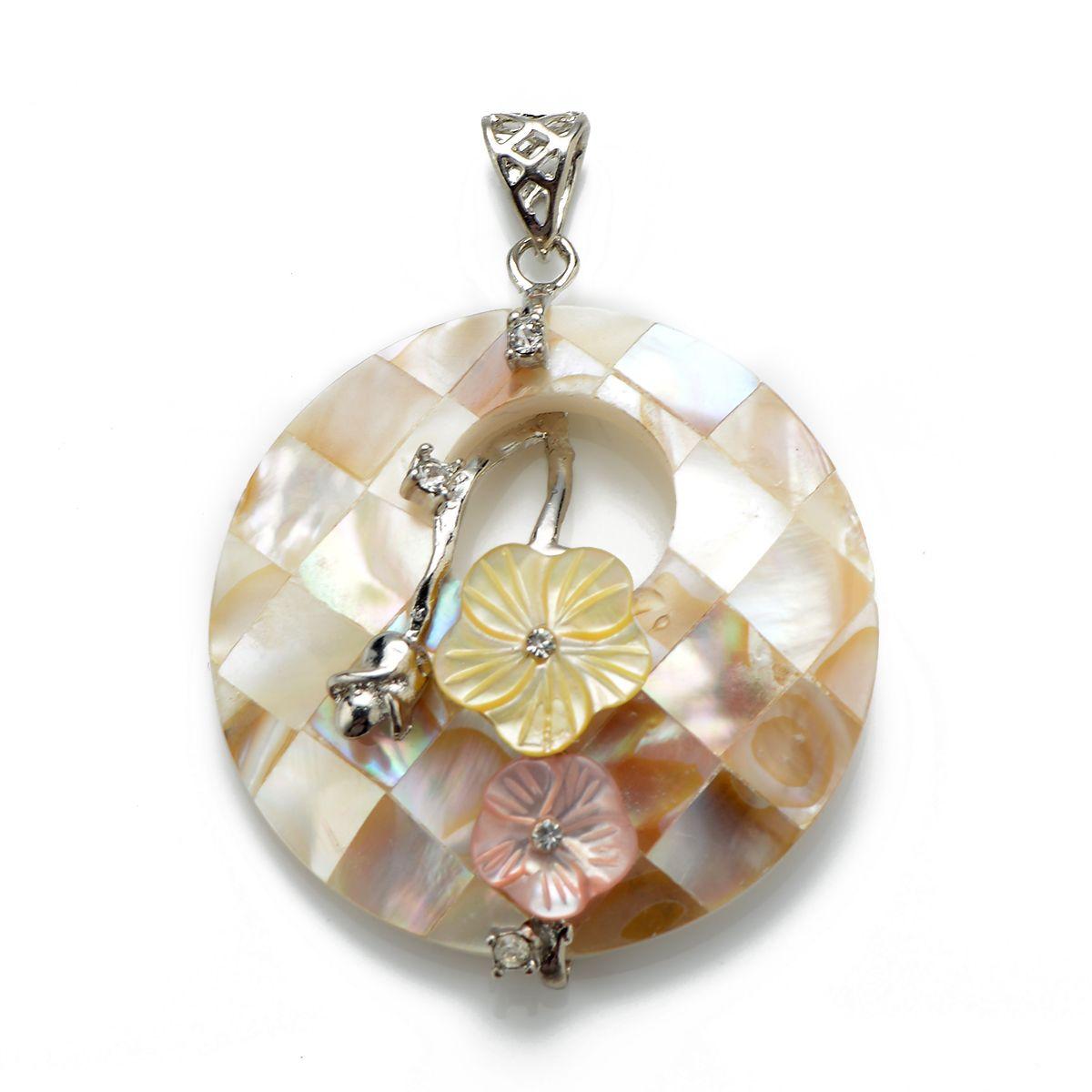 Round Cercle blanc Shell Pendentif avec collier de perles chaîne jaune et rose Fleurs strass bijoux pour les femmes