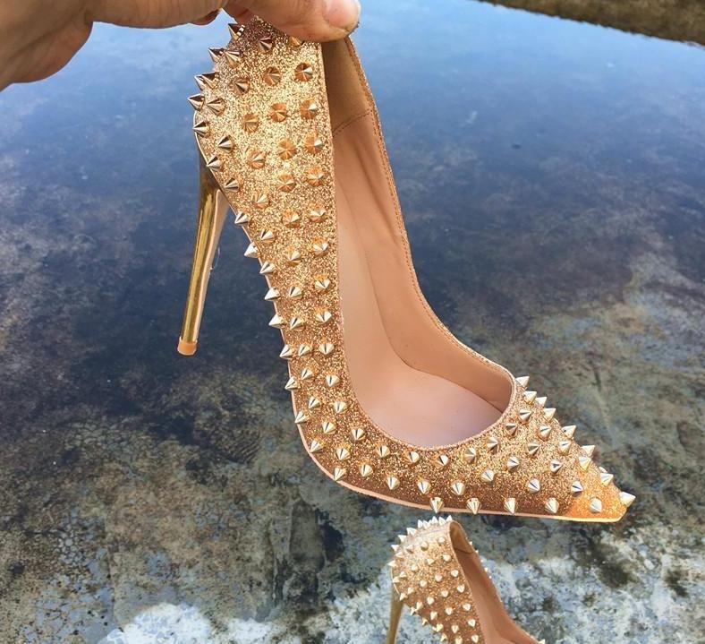 Ekstra boyutu 33-46 lüks alt ayakkabılar altın perçinler ani yüksek topuklu hakiki deri sivri stiletto topuklar desiger kırmızı