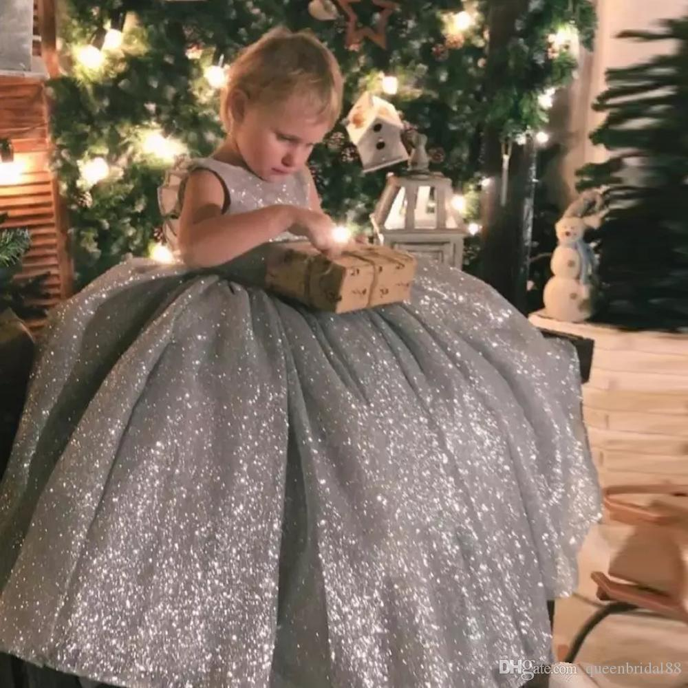 Sparkling Silver Sequined Little Girls' Pageant Dresses with Bow Backless Long Floor Flower Girls' Dresses for Weddings