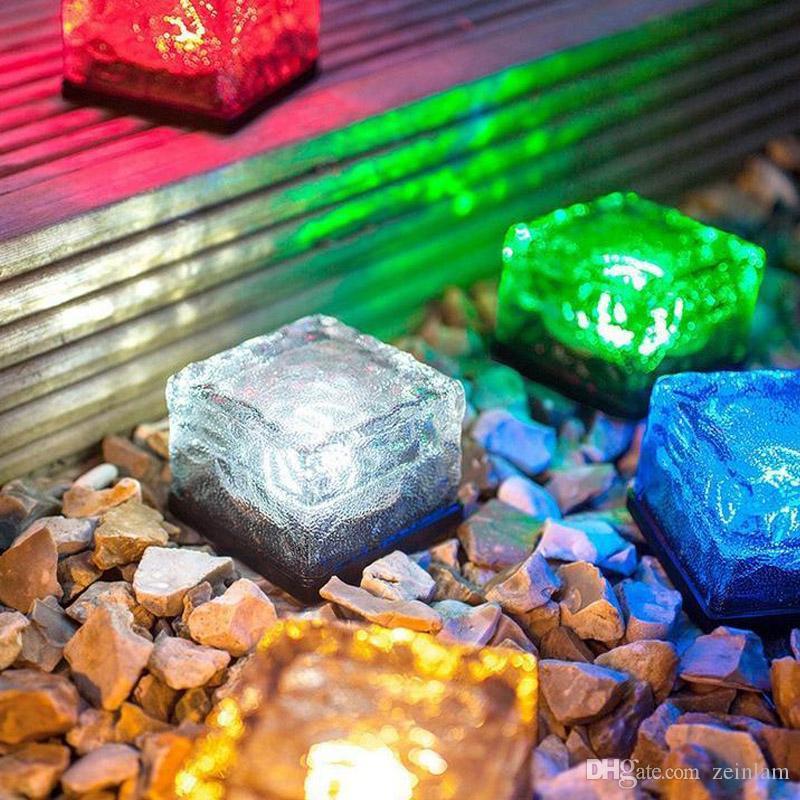 Solar-LED-Lampe 4 LED Auto Beleuchtung LED Backstein Nachtlampe Beleuchtung U-Bahn-Simulation Eiswürfel lite Solarbeleuchtung Rasen Licht