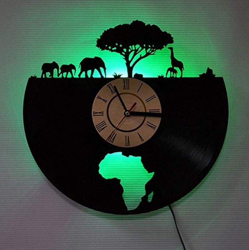 أضواء LED للتحكم عن بعد - Classic Elephant Deer - الأرقام الرومانية - ساعة الحائط - تركيبة إبداعية من ساعة الحائط