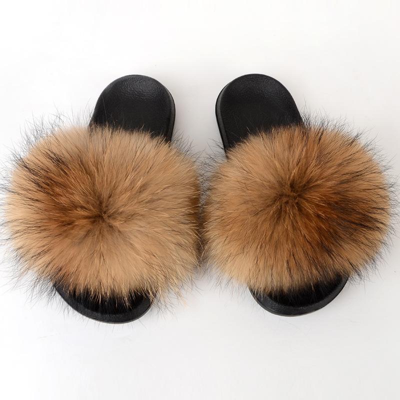 La Sra Verano 2020 Europea y zapatillas de piel de zorro desgaste externo de la moda americana felpa zapatillas de casa sandalias y zapatillas de arrastre de palabras